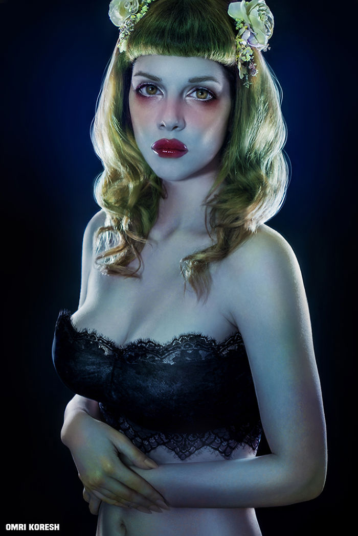 """My Photo Series """"I'm Not A Doll"""" Captures The Opposite Of Perfection"""