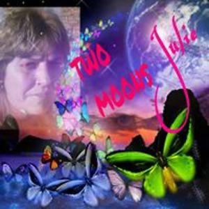 Julie Hopkins