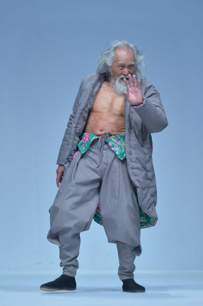 80-Year-Old Grandpa Tries Modeling For The First Time And Totally Slays His Runway Debut