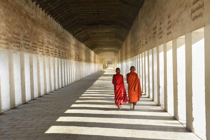 Heading Home, Bagan