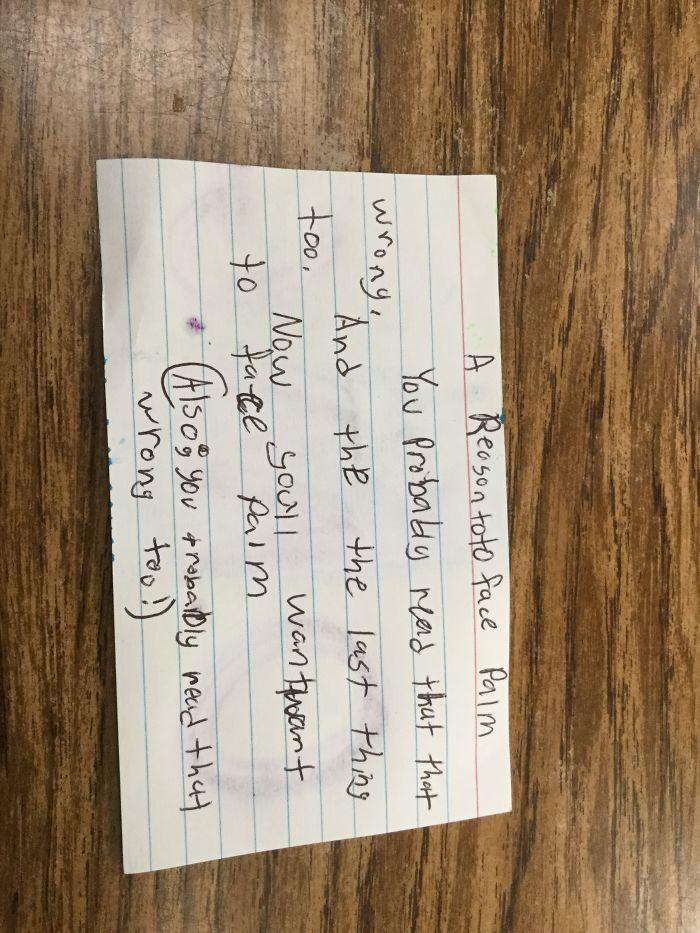Girl Makes Inspiring Notes For Her Friends
