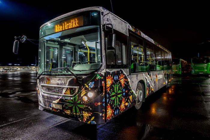 World's First Street Art Buses Roam In Stavanger, Norway