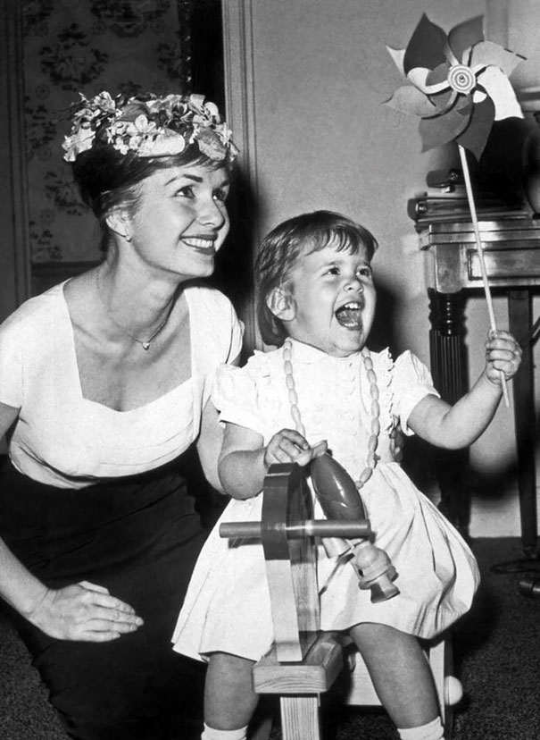 Debbie Reynolds And A Young Carrie Fisher