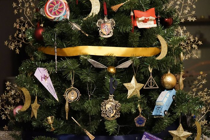 more info facebook ht - Harry Potter Christmas Decorations