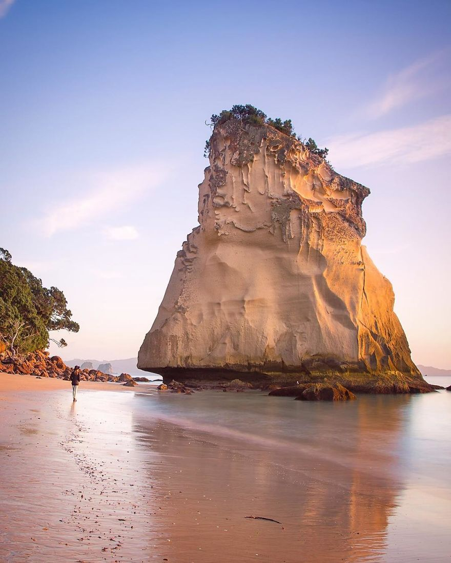 Te Hoho Rock (sail Rock) Has To Be One Of The Coolest Ancient Sea Stacks Around