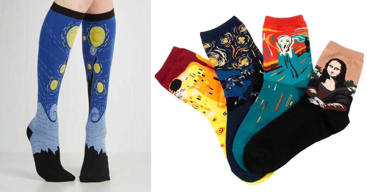 Resultado de imagen para calcetines con personajes de la historia
