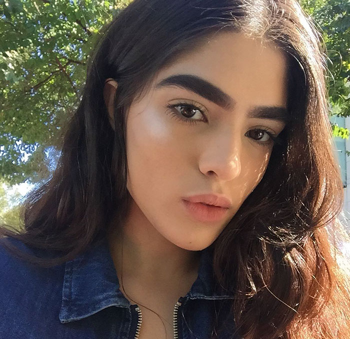 17-Year-Old Bullied For Her Thick Eyebrows Lands Massive Modeling Jobs