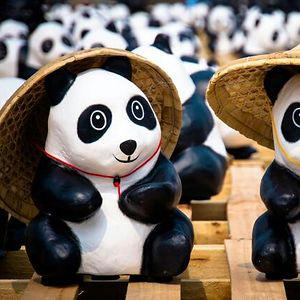 Bored Panda's Naughty Cousin, Ghost