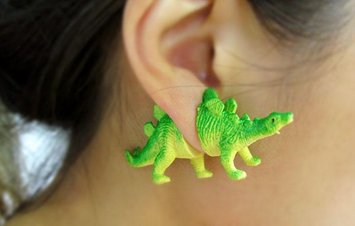 dinosaurs-retro-earrings-OOO-workshop -6