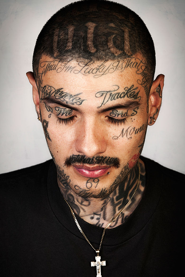 ex-gang-members-tattoos-removed-skin-deep-steven-burton-15