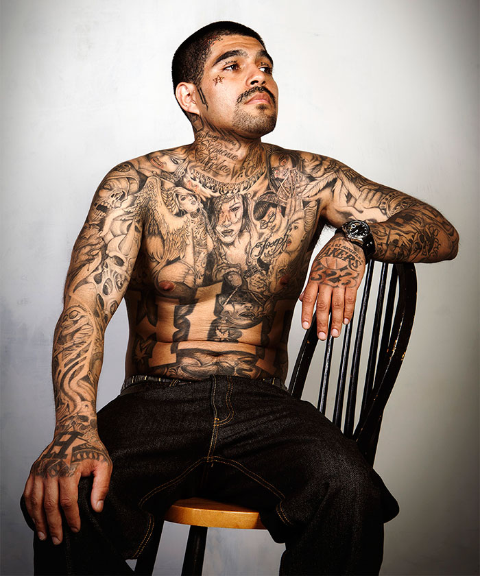 9 ex gang members with their tattoos removed bored panda for How deep is a tattoo