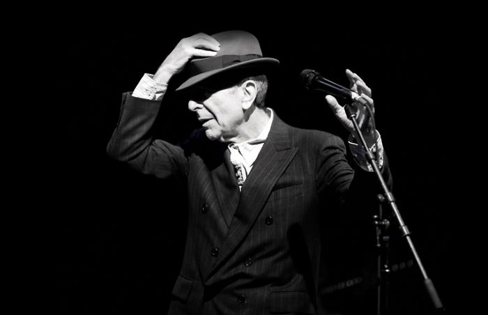 People Are Sharing The Heartbreaking Final Letter That Leonard Cohen Sent To His Muse