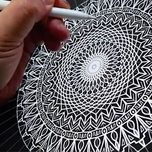 Hypnotising Mandala By Seb Lester Made Using Apple Pencil And Amaziograph