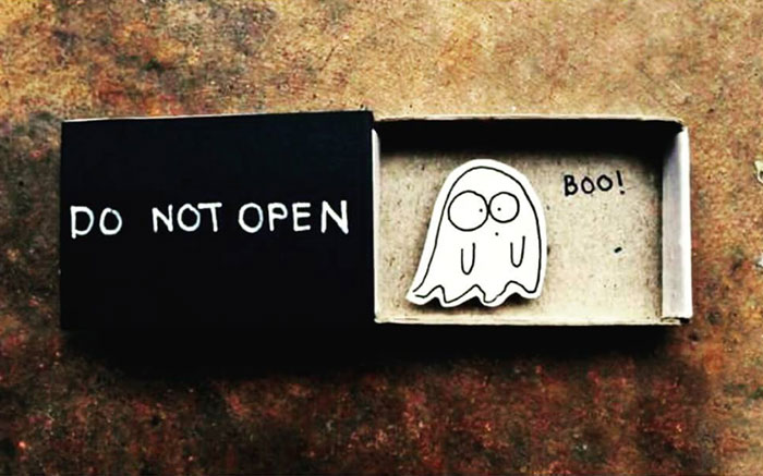 Artist Creates Little Matchbox Greeting Cards With Hidden Messages Inside