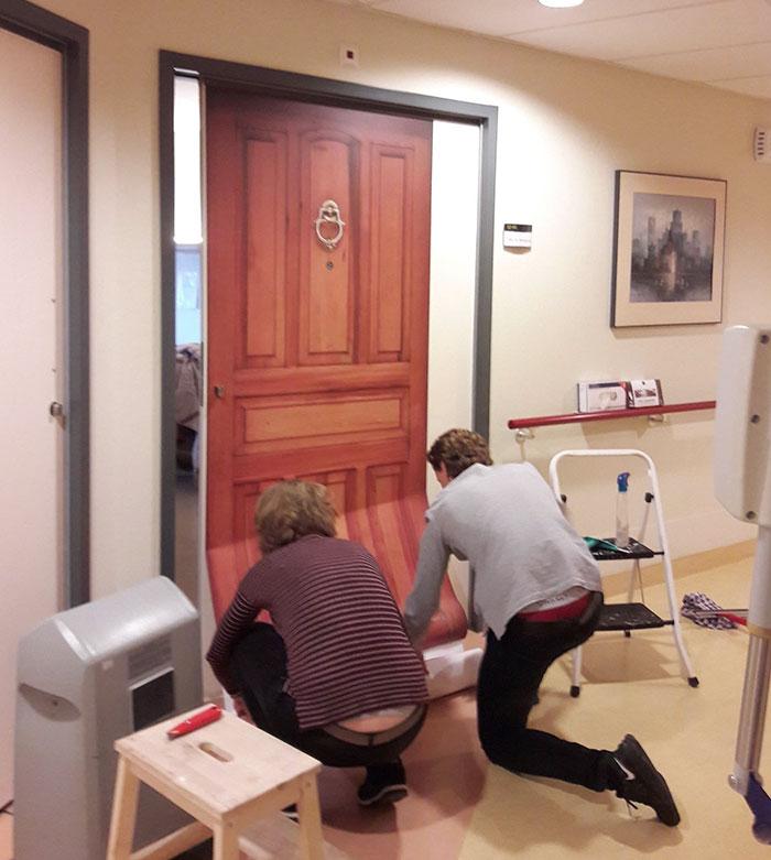 nursing-homes-dementia-patients-personalised-true-doors-stickers-10