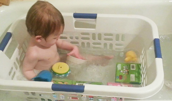 Prevent Your Child's Toys From Floating Away In The Bathtub And Make Bathtime Generally Easier