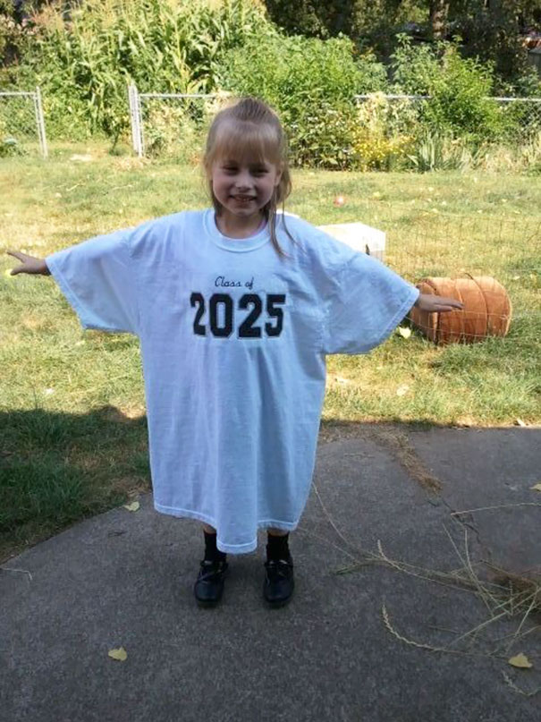 Starting In Kindergarten, Put Your Child's Graduation Year On A Large T-Shirt And Take A Picture With The Same T-Shirt Every Year To Watch The Child Growing Up