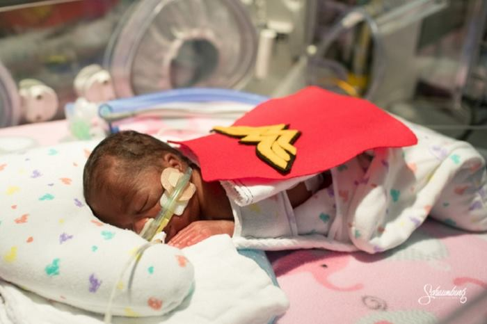 premature-babies-superhero-costumes-kansas-7