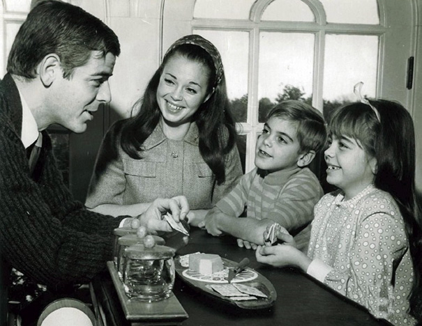 7-Year-Old George Clooney With His Family In 1968