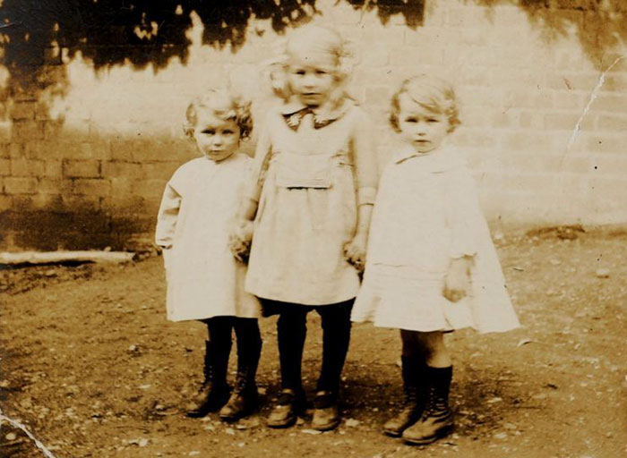 twin-sisters-celebrate-100th-birthday-irene-crump-phyllis-jones-5