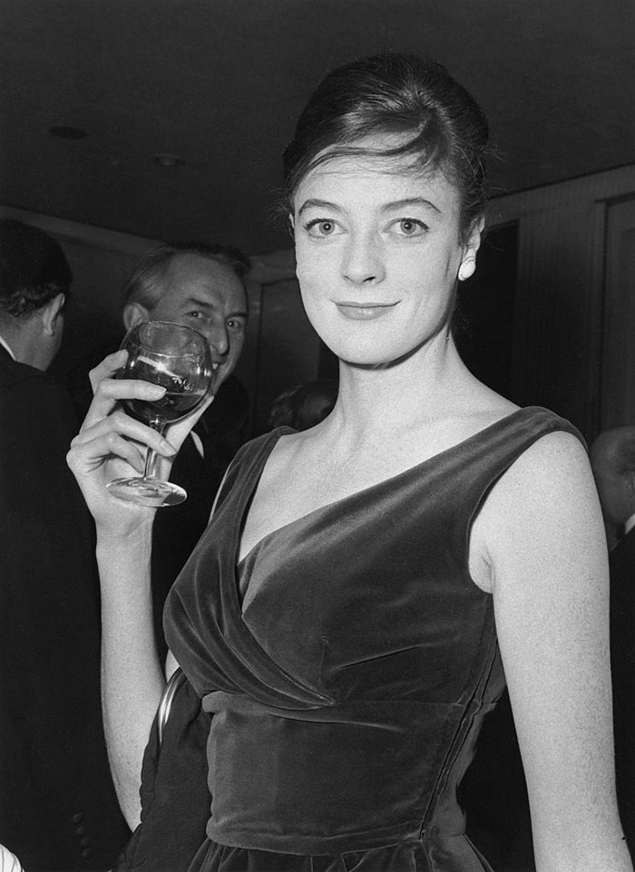 10 beautiful throwback pics of dame maggie smith bored