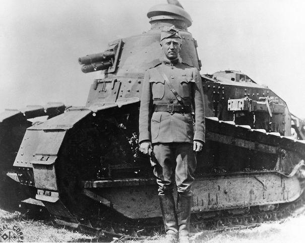 1024px-George_S__Patton_-_France_-_1918-585f889b42068.jpg