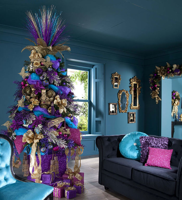 10+ Christmas Color Combinations Beyond The Traditional