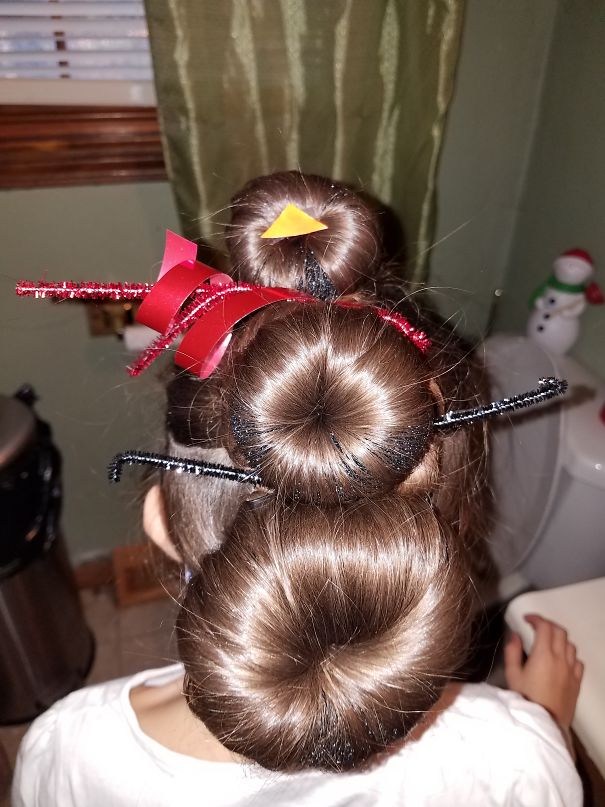62 Of The Most Creative Christmas Hairstyles Ever Bored Panda