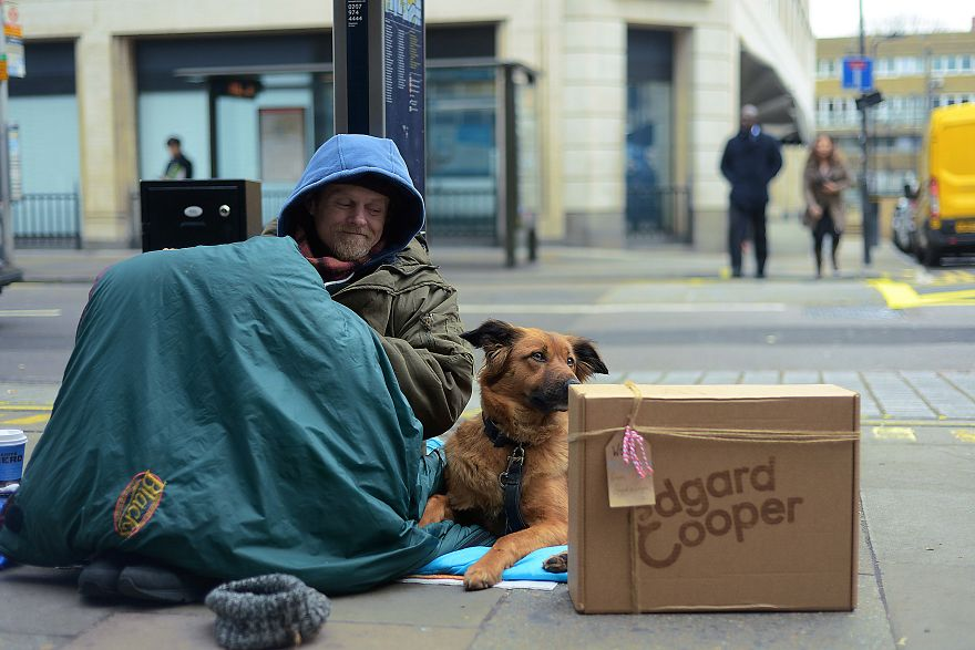 We Captured The Bond Between Homeless People And Their Dogs