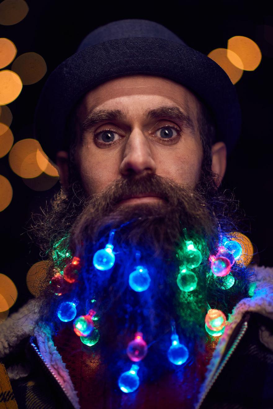 Beard Lights Will Turn Your Beard Into A Christmas Tree | Bored Panda
