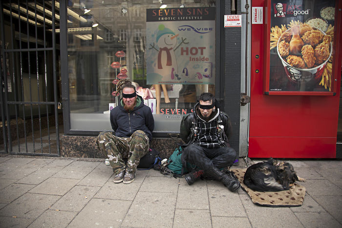 Photographer Portrays Problems And Dependences Of Our Modern Society