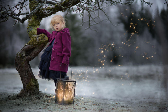 I Made Photos Of My Daughters In Winter Wonderland