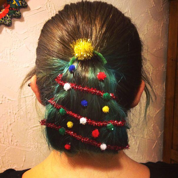 Christmas Tree Ponytail