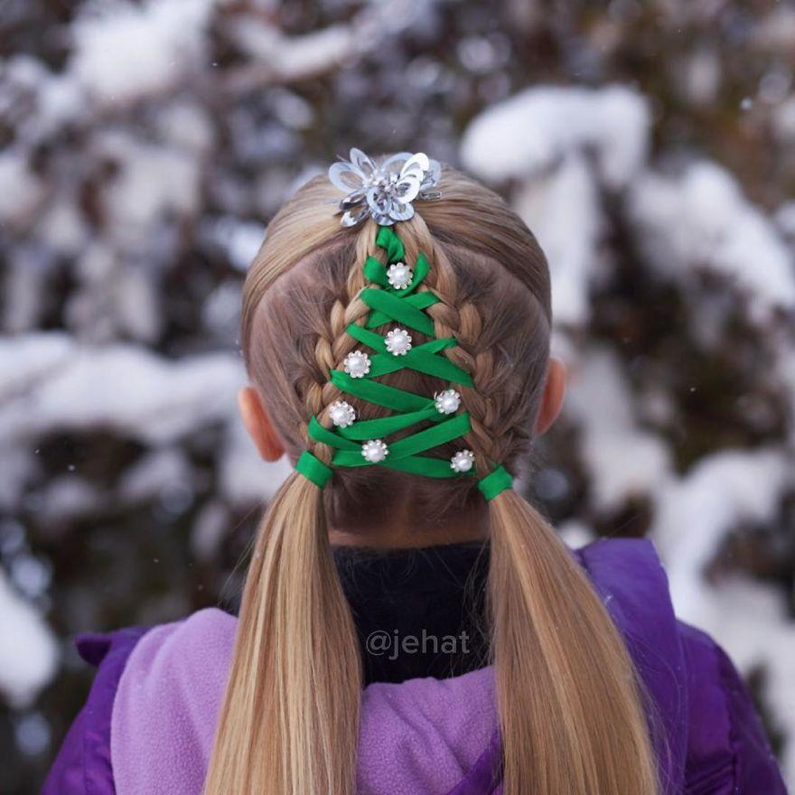 christmas tree braid with green ribbon