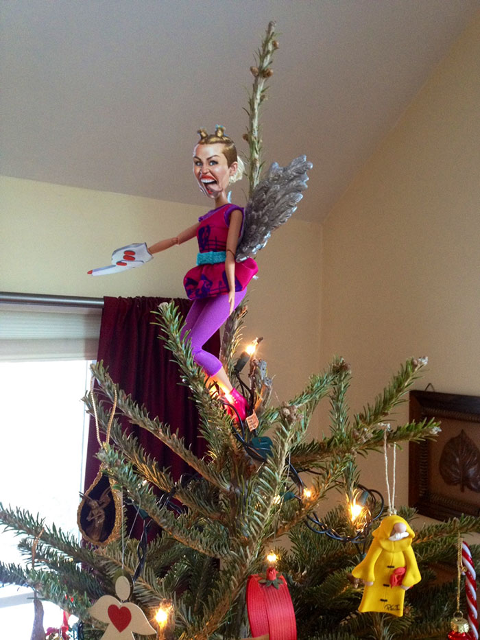 Miley Cyrus Christmas Topper