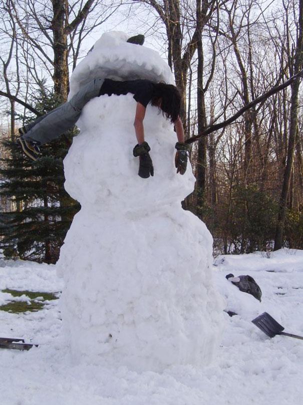 10+ Hilariously Creative Snowmen That Would Make Calvin ...
