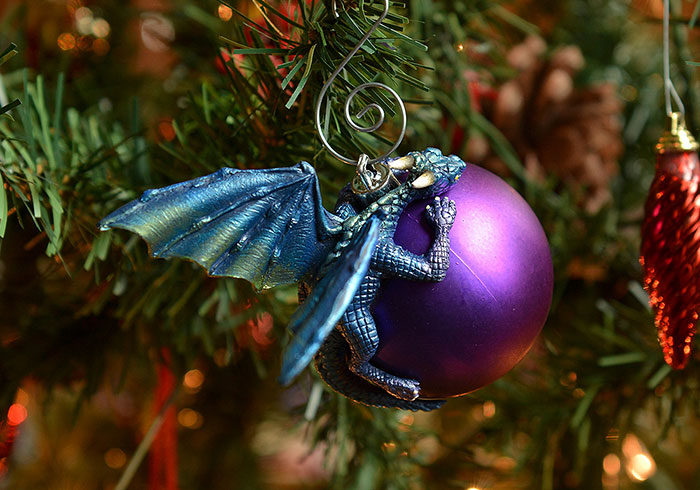 Dragon Baubles Aelia Petro 7