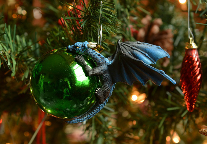 Dragon Baubles Aelia Petro 8