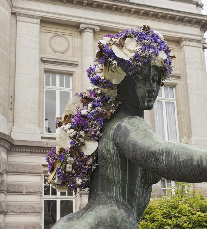 La Déesse du Bocq 05-2016 Jef Lambeaux vue de l'Hôtel de Ville de St-Gilles Place Maurice van Meenen 39, 1060