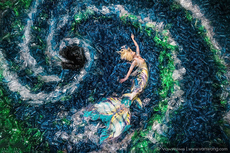 morské panny-nenávidieť-plast-znečistenie-benjamin-von-wong-02