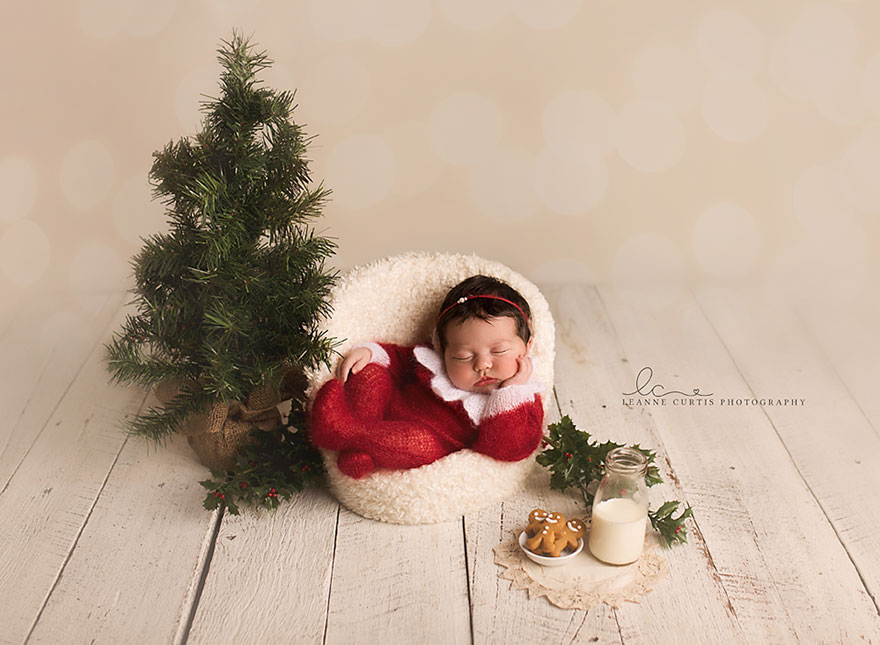 10+ Babies Celebrating Their First Ever Christmas | Bored Panda