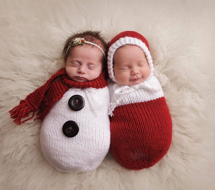 10+ Babies Celebrating Their First Ever Christmas