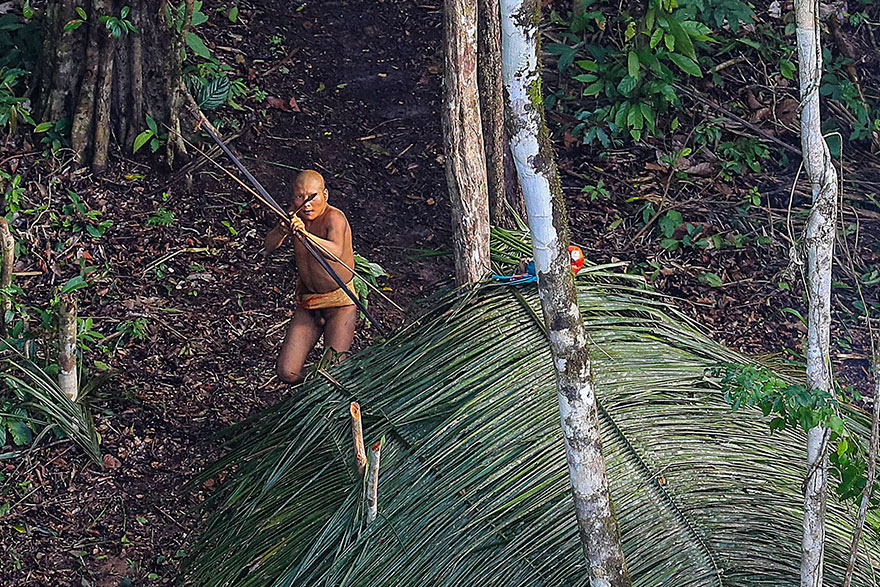 uncontacted-tribe-amazon-photography-ricardo-stuckert-1