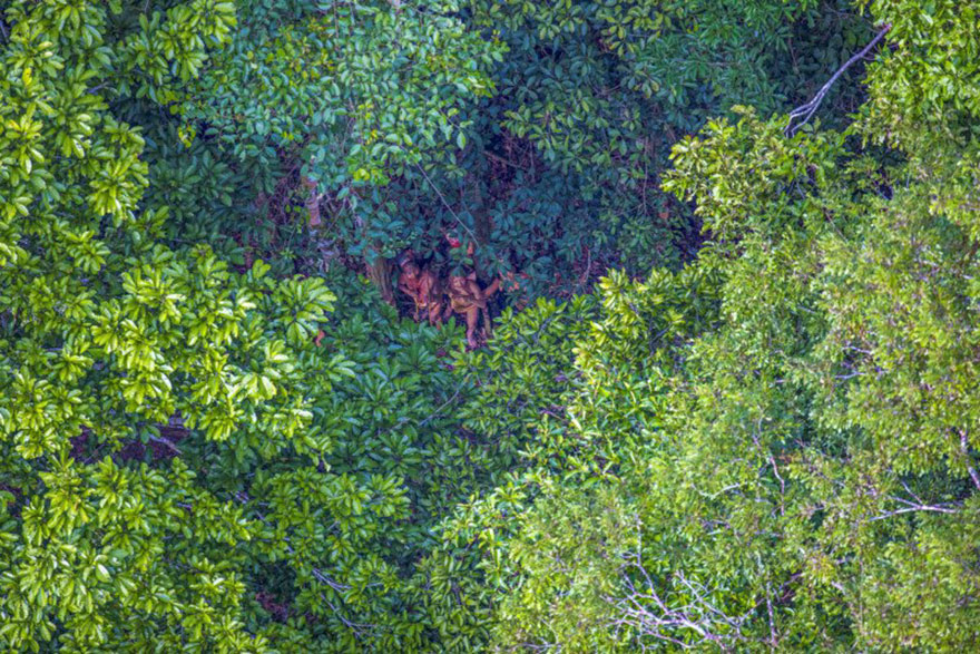 uncontacted-tribe-amazon-photography-ricardo-stuckert-11
