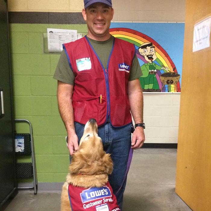 veteran-dog-hardware-store-lowe-14