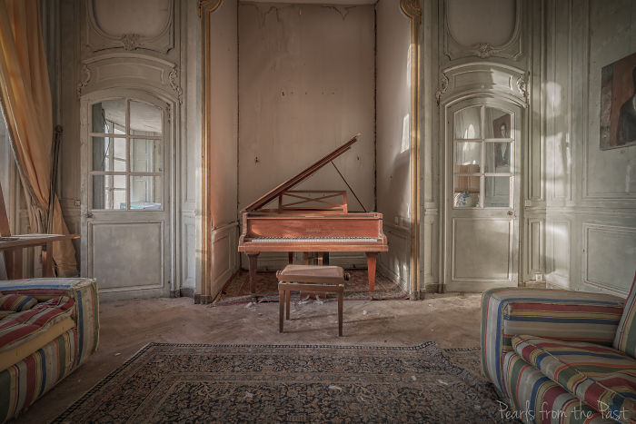 Abandoned Chateau Frozen In Time In The French Countryside