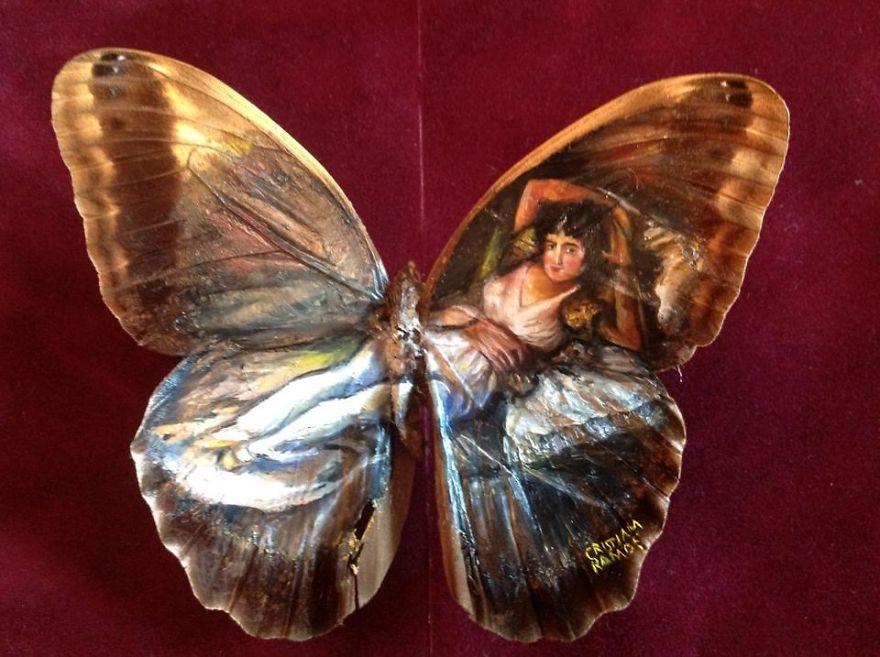 ===En Alas de mariposa=== Paintings-on-Real-butterflies-wings-587bf0627ff4e__880