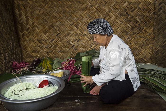 """Tet Cake"" On Vietnamese Tet Holiday"