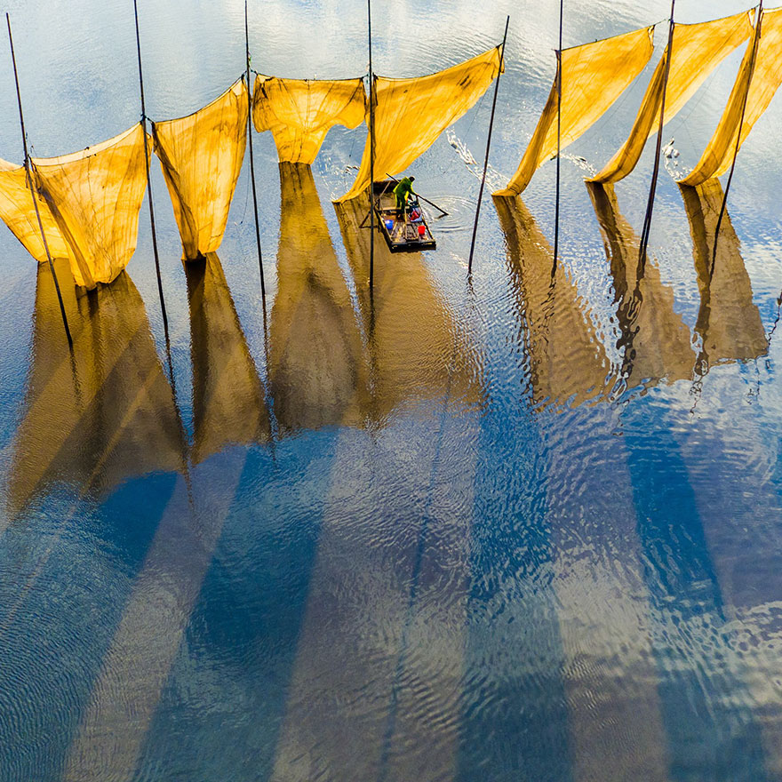 Fishermen Close The Net, Grand Prize, 2016 Skypixel Photo Of The Year