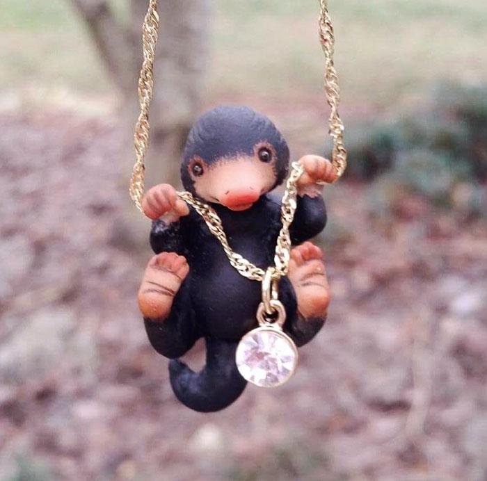 cute-niffler-necklace-aisha-voya-3